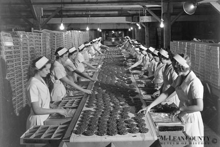 Beich Candy Co, This photograph shows the interior of the 170,000-square foot factory at 1302 W. Grove St