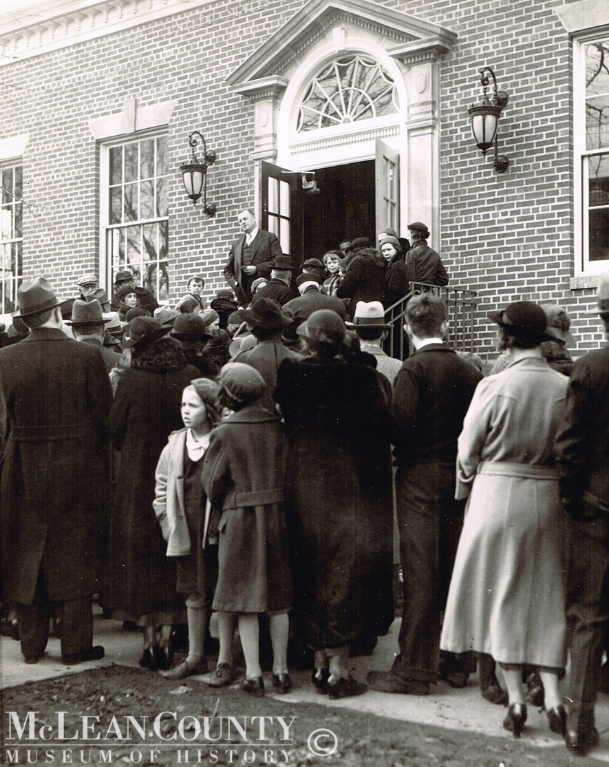 ​On March 1, 1936, several hundred area residents gathered for the dedication of the Normal Post Office, located at 200 West North Street.