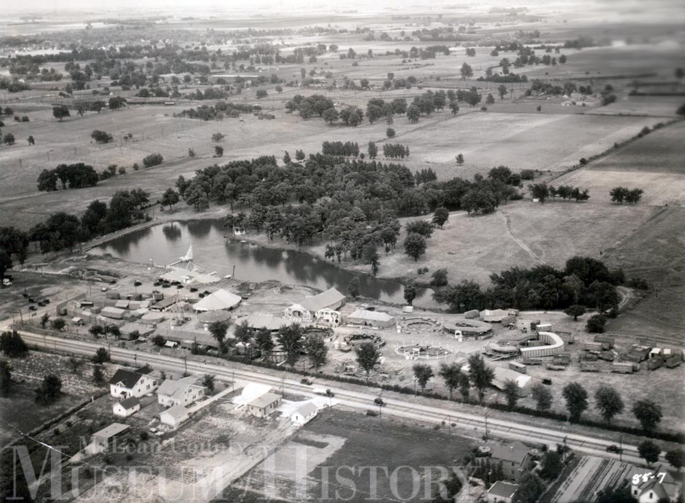Aerial view of Bon-Go Park carnival, 1933.