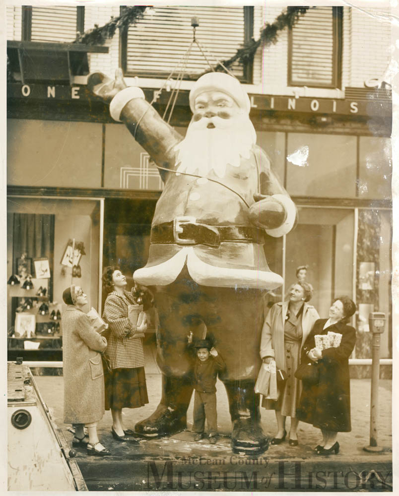 Linvingston's Christmas Santa, 1940s.