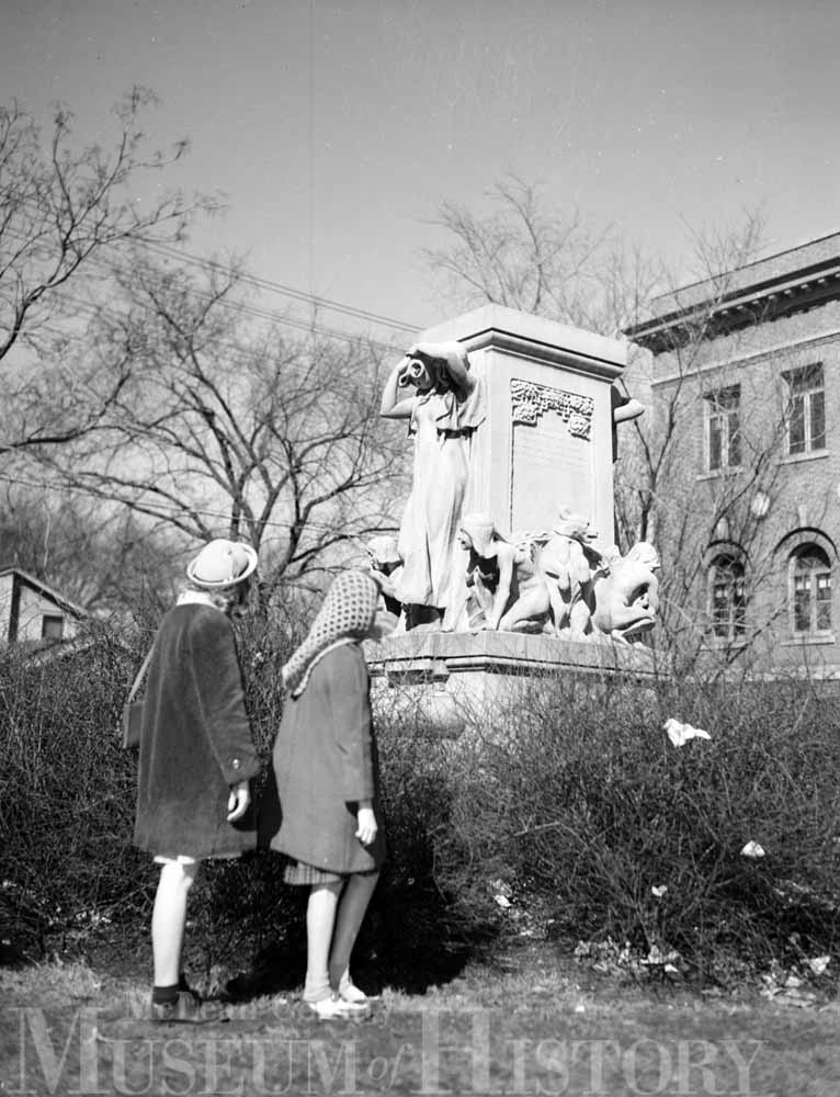 Women standing in front of the Trotter Fountain, 1947.